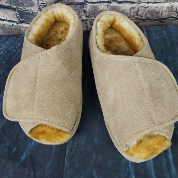 Old Friend Other - Old Friend Leather and Lambskin Slippers Size 12